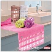 Ręcznik haftowany KWADRO